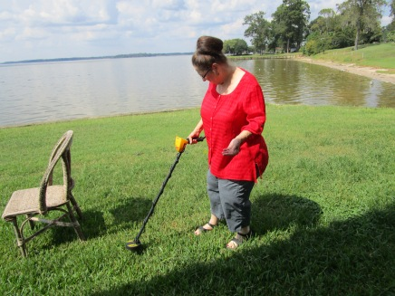 Hessie Smith trying metal detecting