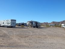 Traveling Supremes in Quartzsite 016